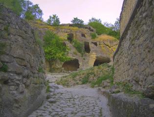 Евпатория пещерный город Чуфут-Кале