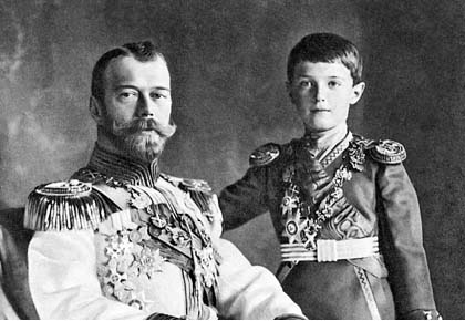 Цесаревич Алексей с отцом Николаем II