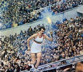 Олимпиада 80 Сергей Белов с факелом