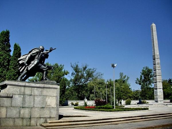 Калининград. Мемориал 1 200 гвардейцам