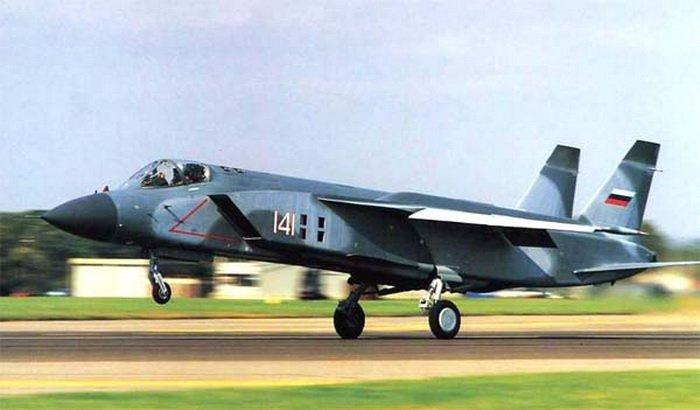 самолет Як-141