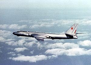 Самолет ТУ-16