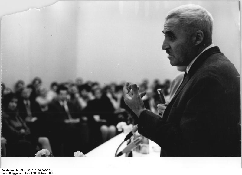 Фото Симонова Константина в Берлине 1967 год