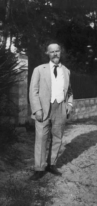 Фото Бальмонта Константина Кламар 1933 год