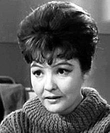 Фото Беллы Ахмадулиной в роли журналистки в фильме «Живёт такой парень» 1964 год