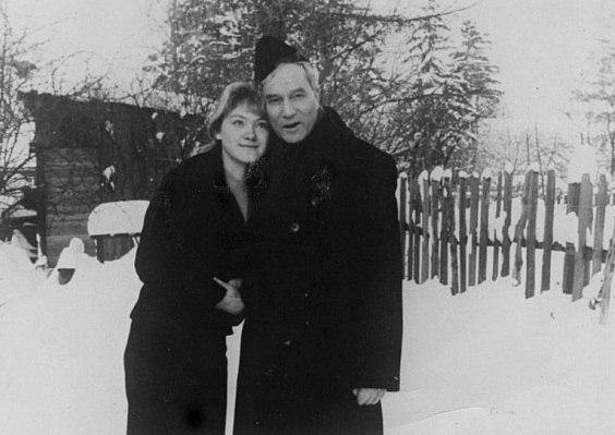 Фото Бориса Пастернака с дочерью Ольги Ивинской 1959 год