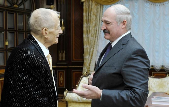 Фото встречи Александра Лукашенко с Евгением Евтушенко 2015 год