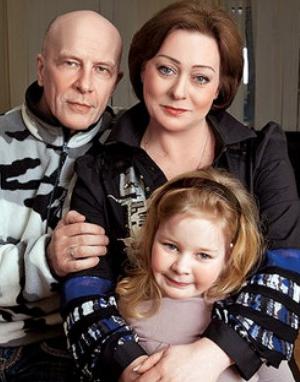 Мария Аронова с семьей фото
