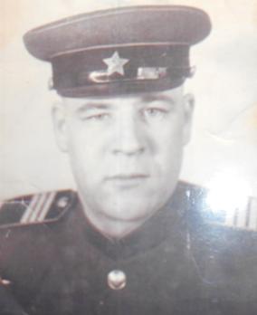 Комаров Николай Максимович