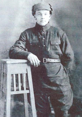 Мещеряков Константин Никандрович, вовремя учёбы в Еланских лагерях, апрель 1941 г.